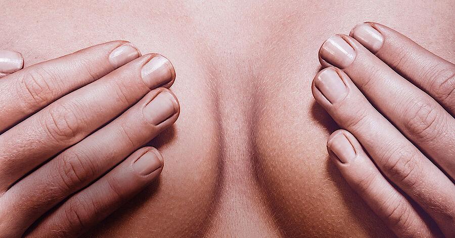 Op asymmetrische brust Asymmetrische Brüste